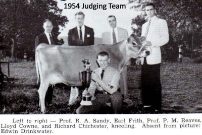 1954 Judging Team--Left to Right--Prof. R.A. Sandy, Earl Frith, Prof. P.M. Reaves, Lloyd Cowne, and Richard Chichester, kneeling. Absent from picture: Edwin Drinkwater.