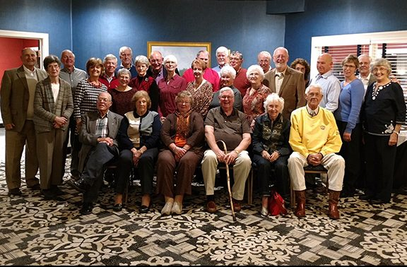 Group photo from the 2017 DASC retiree luncheon.